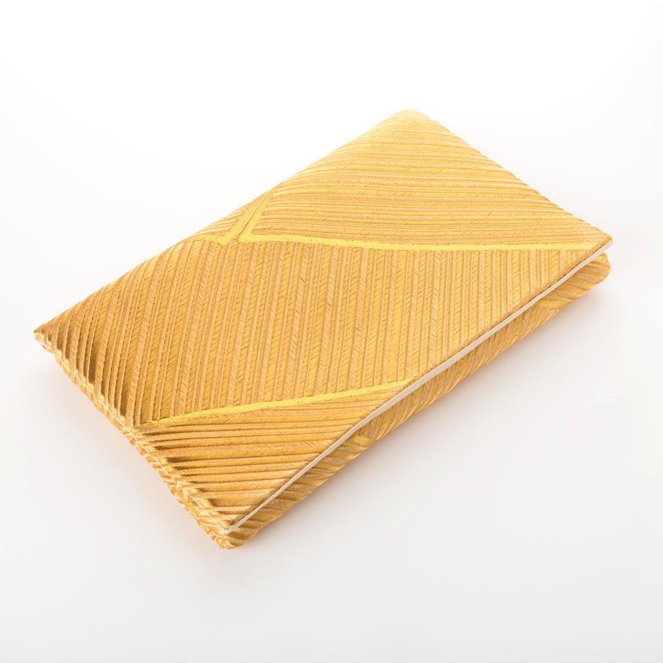 Pochette bambous d'or à plat