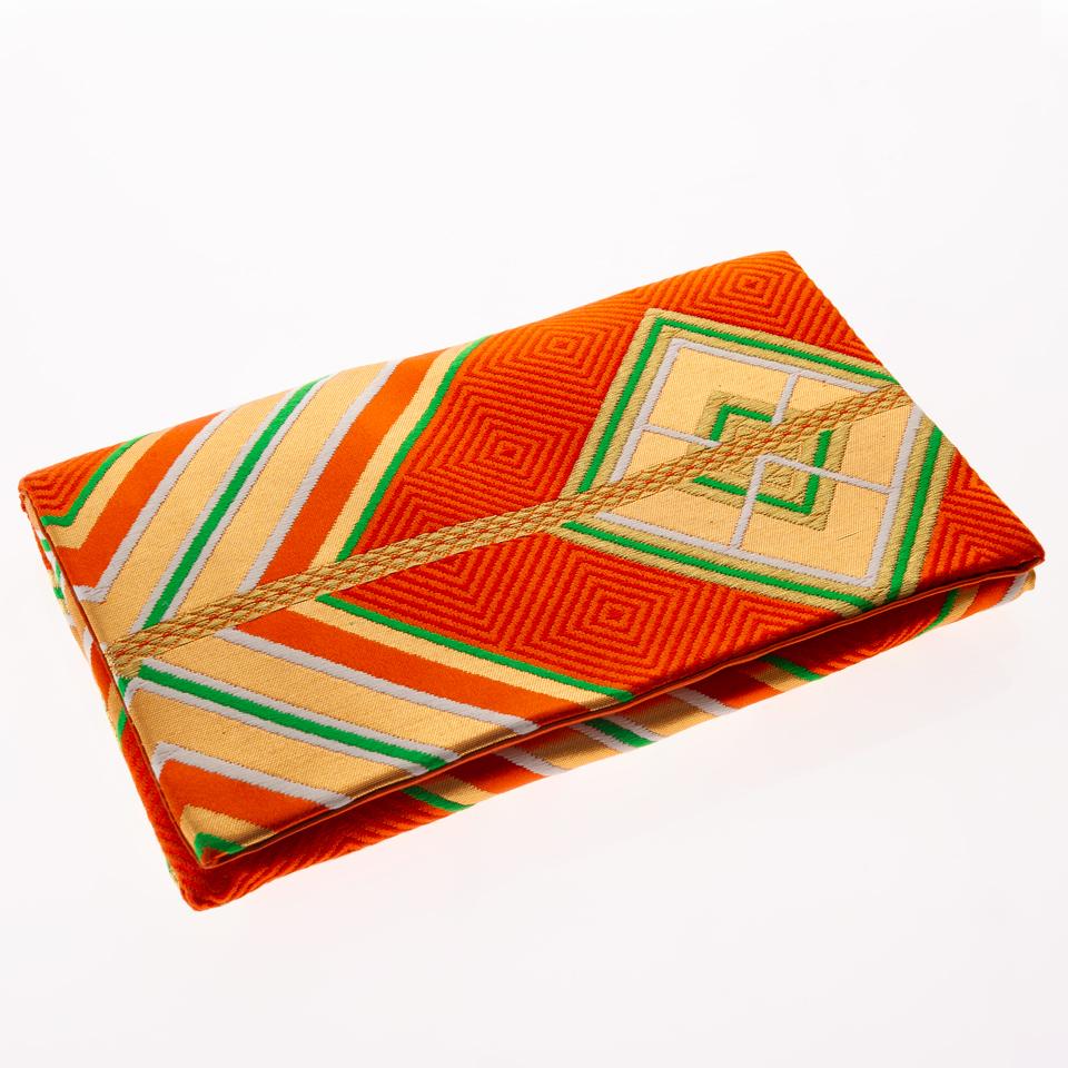 Burberry-rouge-et-vert-5